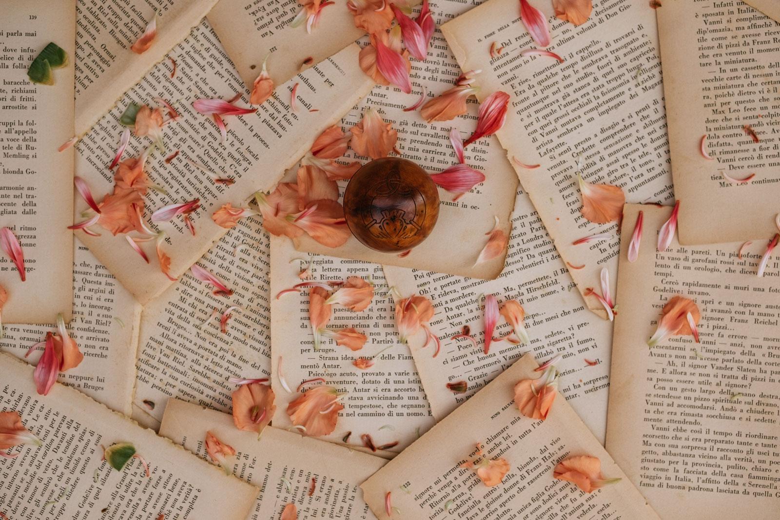 Matrimonio Simbolico Promesse : Cosè il matrimonio simbolico cerimonia laica o di ispirazione pagana